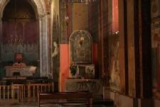 Interior_church_3